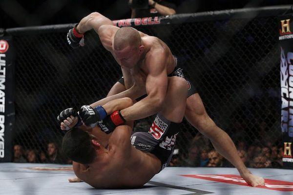 Est-ce que la lutte est un sport de combat?